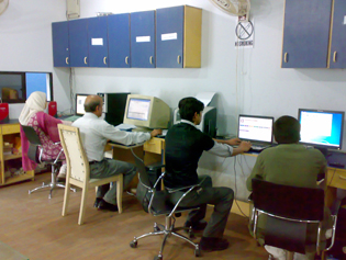 Staff of Click2Learn at Karachi Office