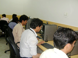 Macro PakSolution office